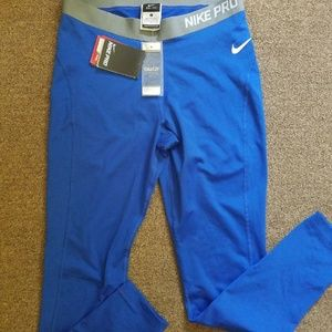 Nike sports leggins large